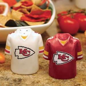 NFL Kansas City Chiefs Gameday Ceramic Salt & Pepper
