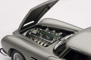 AUTOART 70211 118 ASTON MARTIN DB5 SILVER DIECAST MODEL CAR