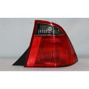 05 07 FORD FOCUS SEDAN TAIL LIGHT SET Automotive