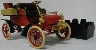 Precision Models 1903 Ford Model A 116 Die Cast Car Replica
