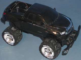 RC RADIO CONTROLLED TOYOTA TUNDRA 4x4 TRUCK (BLACK with CHROME WHEELS